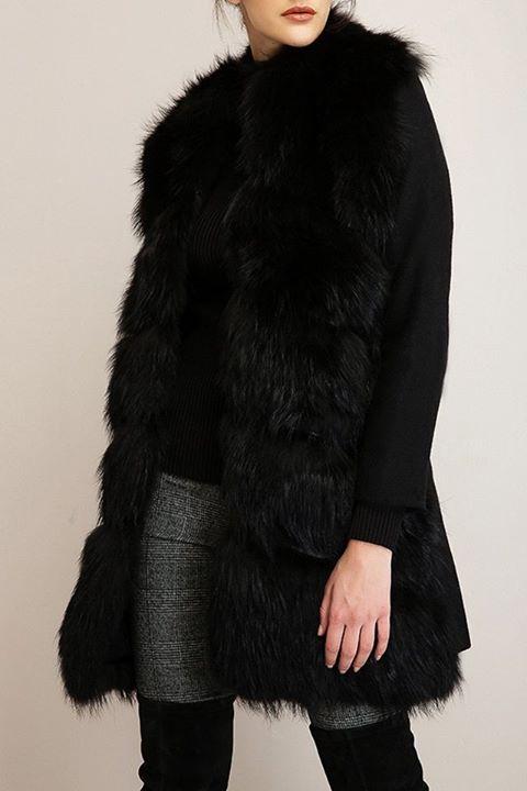 Γούνινο παλτό!