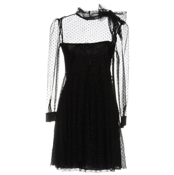 Φόρεμα για ιδιαίτερες περιστάσεις!