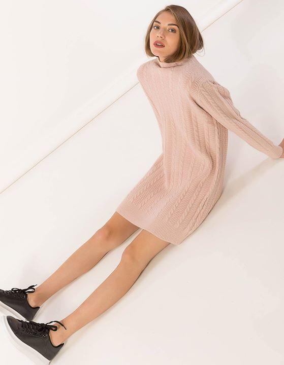 Mini πλεκτό φόρεμα!