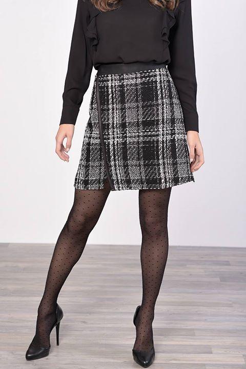 Καρό mini φούστα!