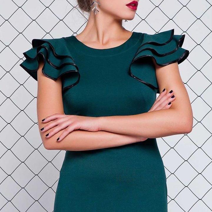 Πανέμορφο φόρεμα... και σε σούπερ τιμή!