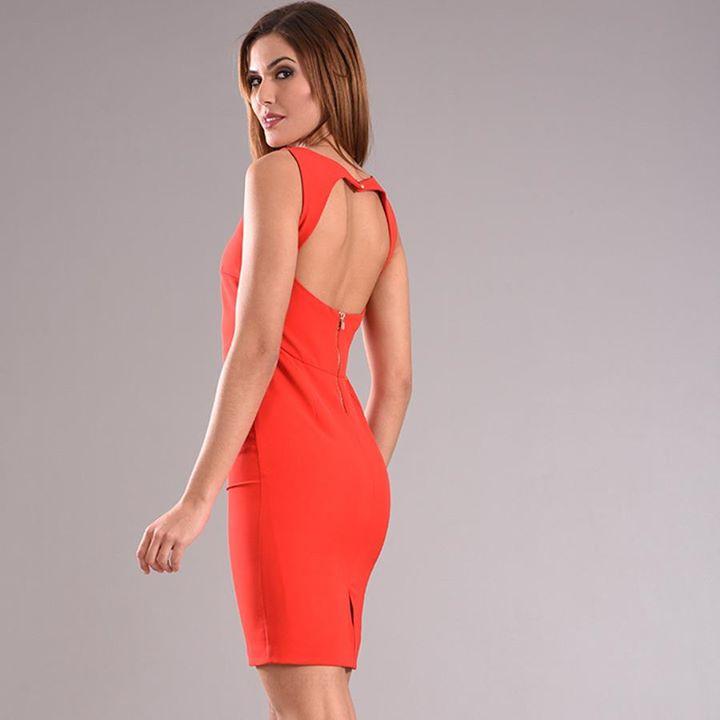 Tι φόρεμα!