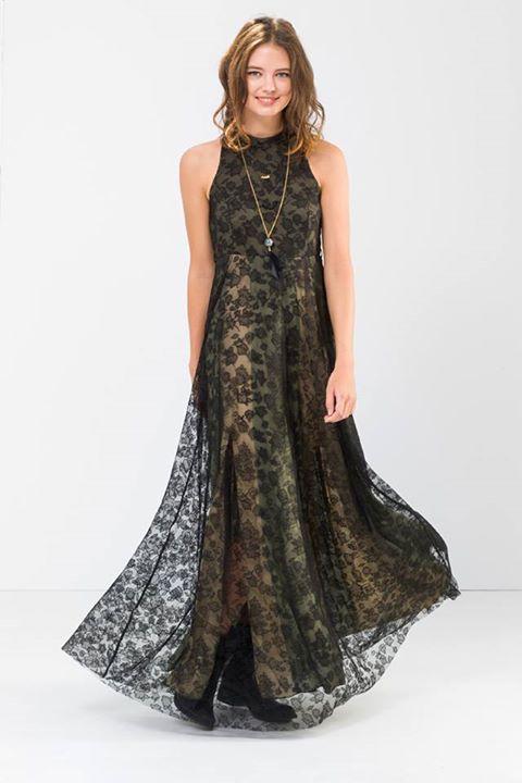 Maxi φόρεμα από δαντέλα!